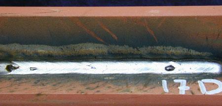 Zdj. 7. Spoina pachwinowa z gruntem czasowej ochrony primer Outershield MC710-H 1,2 mm
